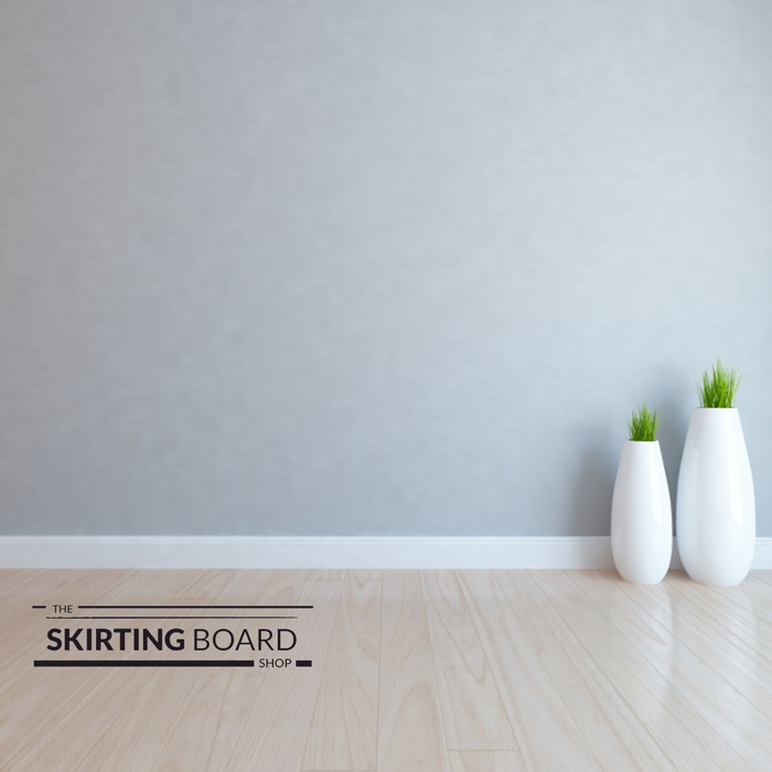 Skirting board with plants in living room