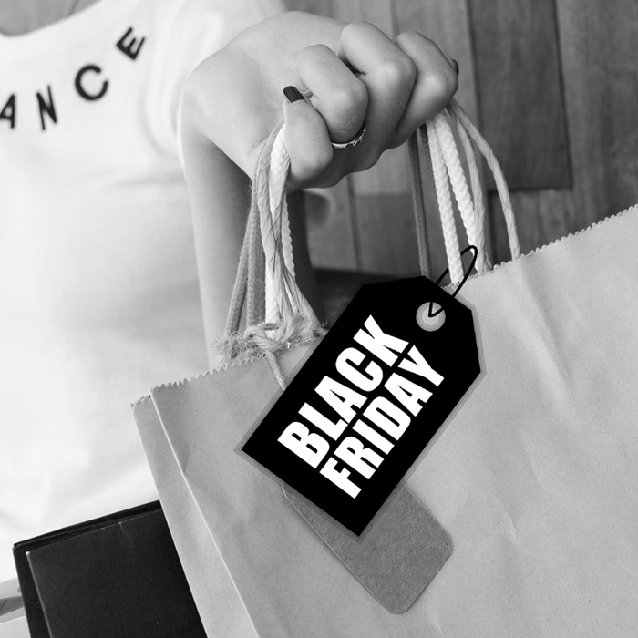 shopping bag black friday